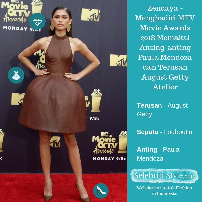 Highlight – Zendaya – Menghadiri MTV Movie Awards 2018 Memakai Anting-anting Paula Mendoza dan Terusan August Getty Atelier